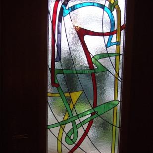 Vitrail Tiifany Art Déco dans porte d'entrée à l'intérieur d'un double-vitrage verre sécurit 4*8*10 mm. Dimensions 45*125 cm